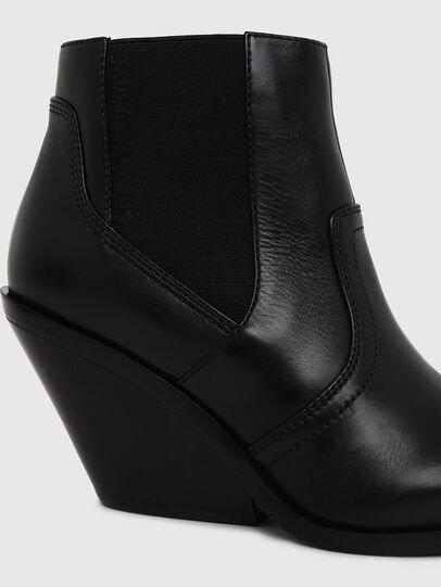 Diesel - D-FLAMINGO CB, Black - Ankle Boots - Image 4