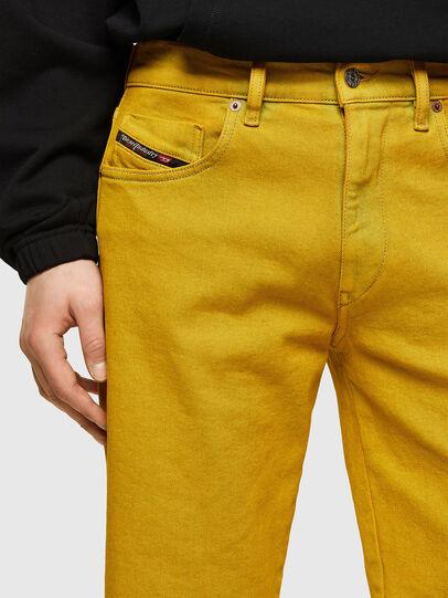 Diesel - D-STRUKT-SHORT-SP, Yellow - Shorts - Image 3