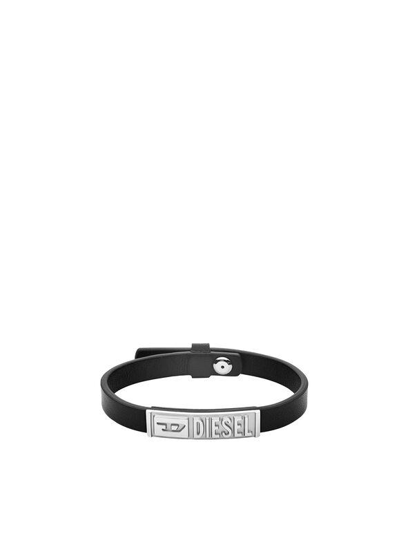 https://global.diesel.com/dw/image/v2/BBLG_PRD/on/demandware.static/-/Sites-diesel-master-catalog/default/dw895c5118/images/large/DX1226_00DJW_01_O.jpg?sw=594&sh=792