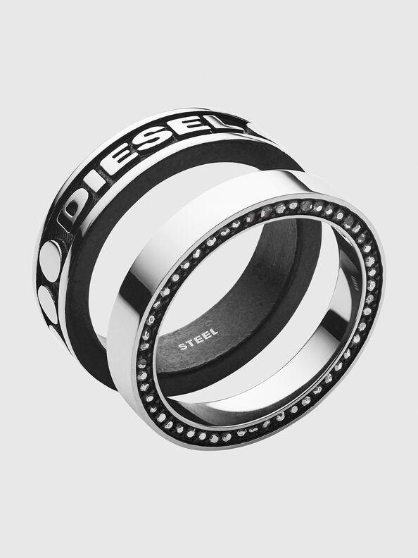 https://global.diesel.com/dw/image/v2/BBLG_PRD/on/demandware.static/-/Sites-diesel-master-catalog/default/dw8f4eff97/images/large/DX1170_00DJW_01_O.jpg?sw=594&sh=792