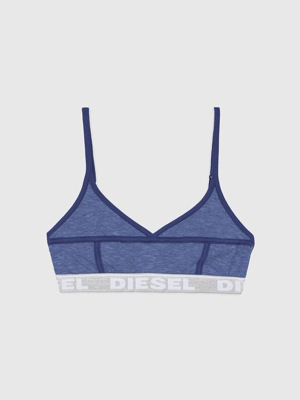 https://global.diesel.com/dw/image/v2/BBLG_PRD/on/demandware.static/-/Sites-diesel-master-catalog/default/dw92037d20/images/large/A03195_0QCAY_8AR_O.jpg?sw=594&sh=792