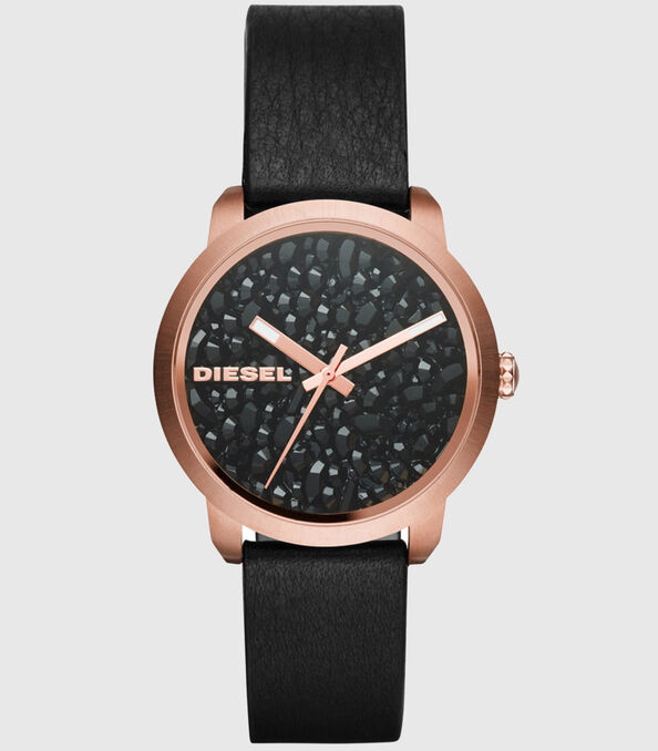 https://global.diesel.com/dw/image/v2/BBLG_PRD/on/demandware.static/-/Sites-diesel-master-catalog/default/dwa7f3490d/images/large/DZ5520_00QQQ_01_O.jpg?sw=594&sh=678