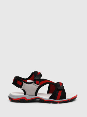 SA 07 STRIPE CH, Grey/Red - Footwear