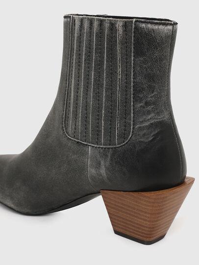 Diesel - D-TEXANNE CH, Dark Green - Ankle Boots - Image 4