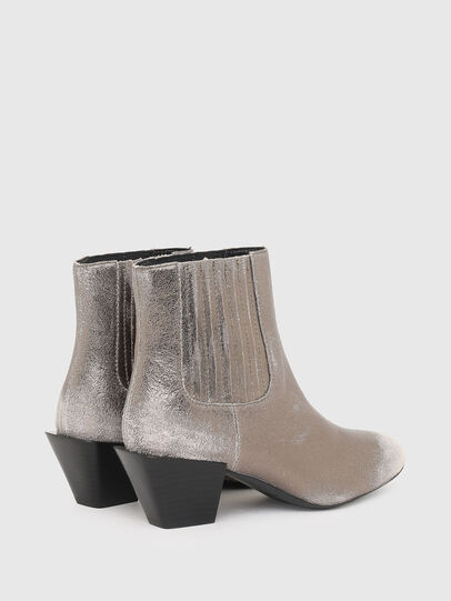 Diesel - D-TEXANNE CH, Silver - Ankle Boots - Image 3